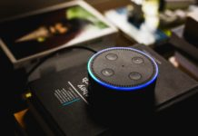 10 normal questions and 10 funny Alexa answers