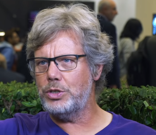 Guido van Rossum blames social media in part for his decision to abandon the supervision of Python