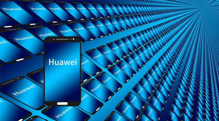 Facebook applications will no longer be pre-installed in Huawei phones