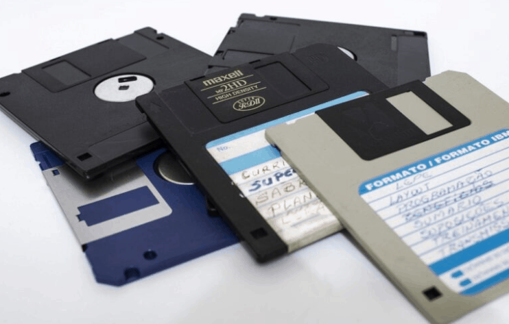 Digital Natives do not know about Floppy disk