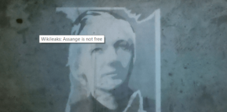 Julian Assange, the found of Wikileaks will remain in prison