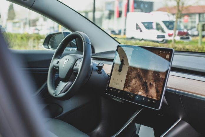 Tesla Software Version 10.0: all the news of the new update for Tesla cars