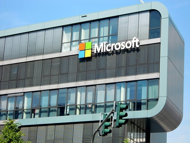 Microsoft bypasses Amazon in the fight for a military contract for $ 10 billion