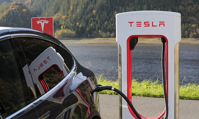 """Tesla delivered """"approximately"""" 97,000 electric cars during the 3rd quarter"""