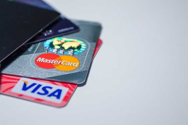 Visa and Mastercard can jump off Facebook's Libra project?