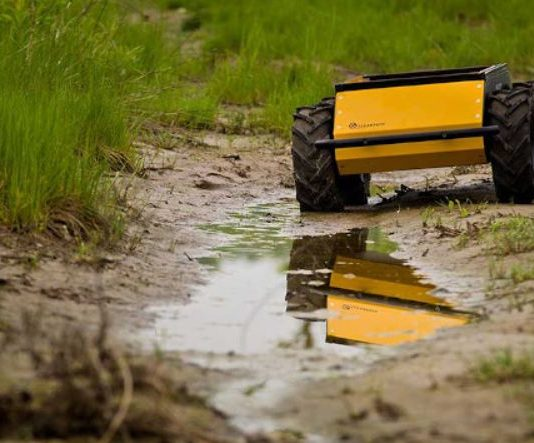 Americans taught robots to understand commands and navigate the terrain