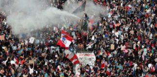 Chile's economic miracle burns in protests: scientists argue what's causing