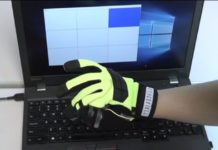 Antennas on fingers transmitted signals about touching without battery