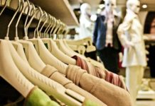 How clothes affect a person's competence in the eyes of others: Study
