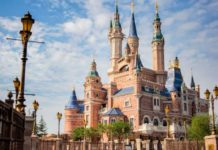 Disney closes its Shanghai theme park to avoid contagion