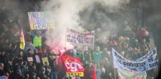 France's train strike surpasses 1986 record after 29 days of stoppages