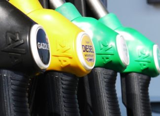 Japan, against the tide: bet on diesel and subsidizes purchases