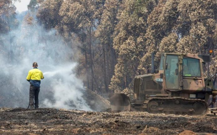 The Prime Minister of Australia admits mistakes in fire management