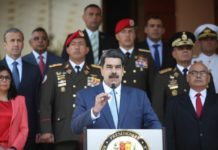 "Maduro asks US people to put a brake on the ""madness"" of Trump"