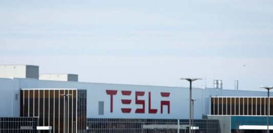 Tesla rises strongly after increasing sales 40% in the first quarter